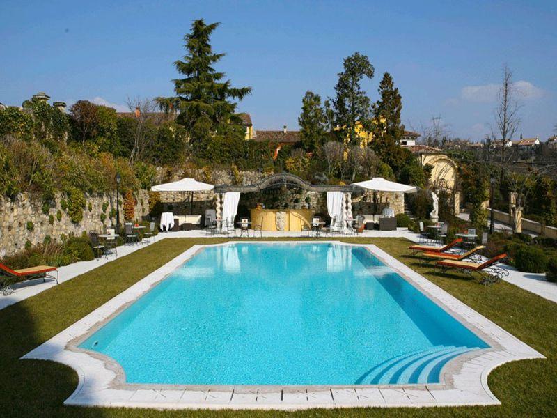 Byblos Art Hotel 8