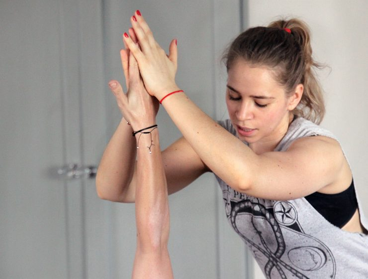 Лариса Пеканова (41): О феномене инструктора по йоге Ани Щетининой (30)