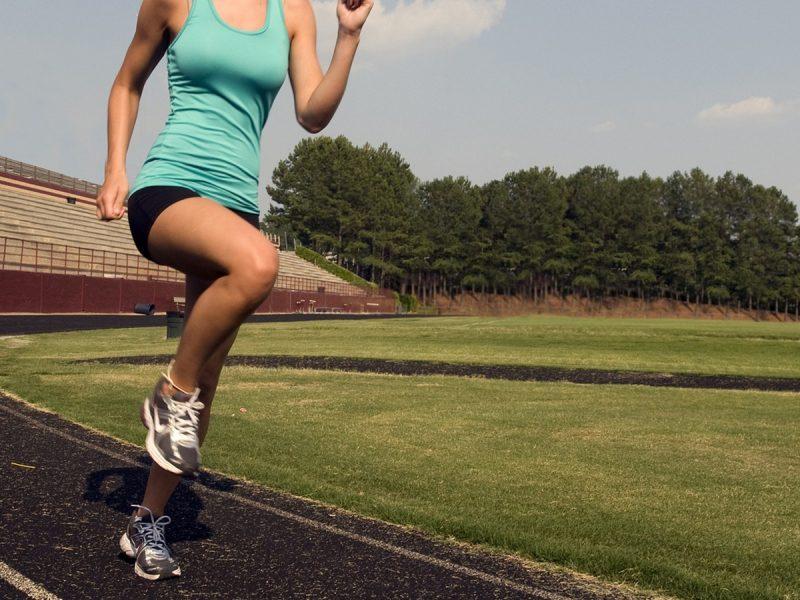 Одежда для занятий спортом на открытом воздухе cover
